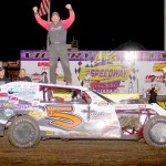 Taylor is Modified champion at record-setting IMCA Speedway Motors Super Nationals