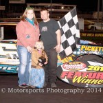 Gustin grabs modified win, Jaennette gets stock car victory
