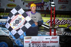 richie-gustin-winner-of-the-2011-imca-modified-supernationals